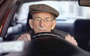 Older drivers with history of falling have higher crash risks